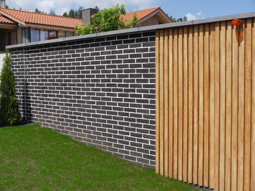 Оформлення паркану-дизайн 2